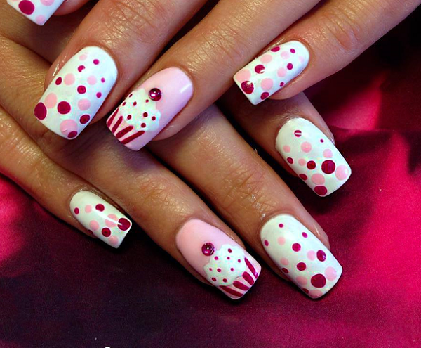 cute milky polka dots nails