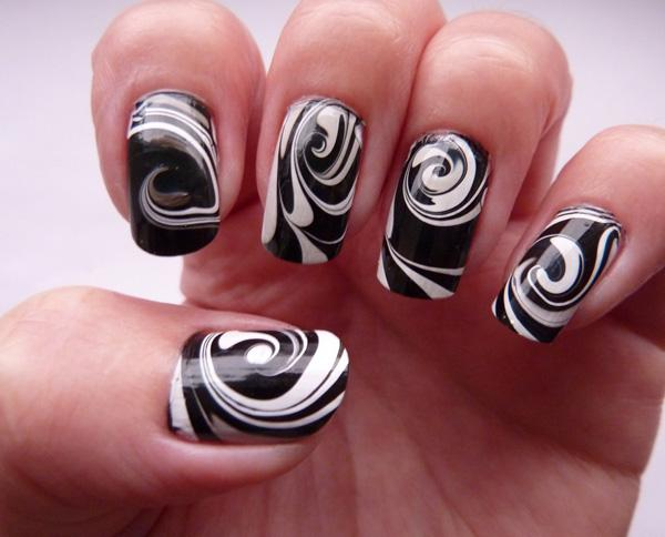 Black and White Water Marble Nail Art-19