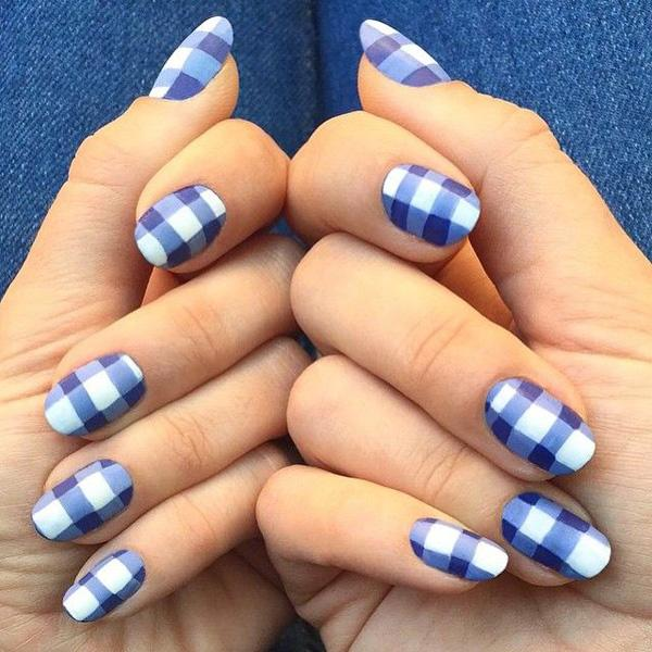Blue gingham nails