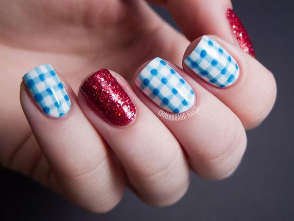 Gingham Nail Designs-2