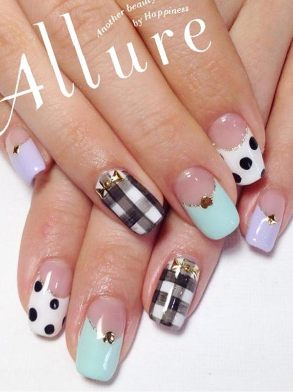 Gingham Nail Designs-3