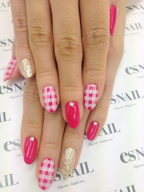 Gingham Nail Designs-5