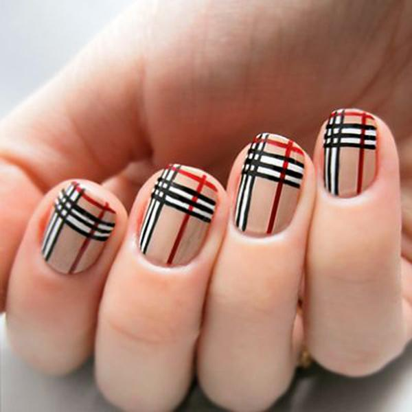 Plaid Nail Art-1