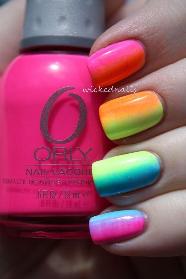 40+ Fabulous Gradient Nail Art Designs | Art and Design