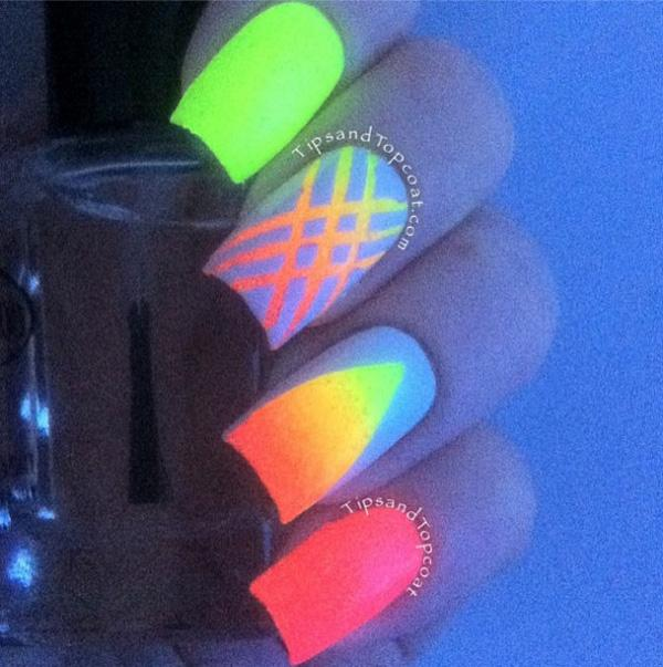 glow nails-11