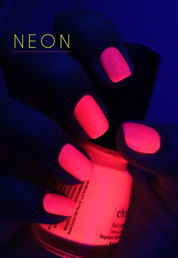 glow nails-15