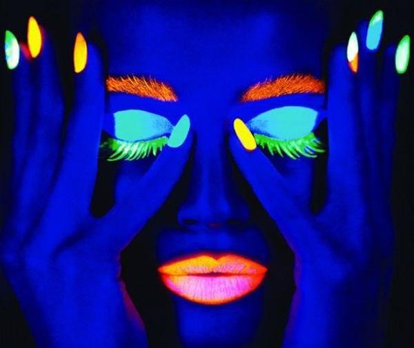 glow nails-18