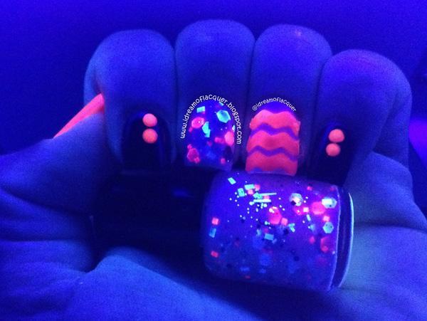 glow nails-21
