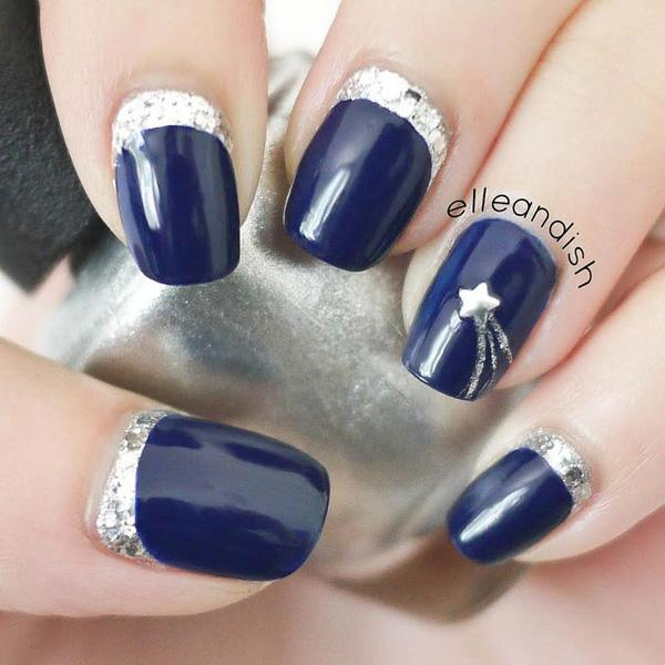 Blue Metallic Manicures