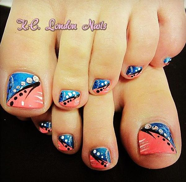 50 pretty toenail art designs art and design a striking and artsy looking toenail art design this toenail art design uses blue prinsesfo Images