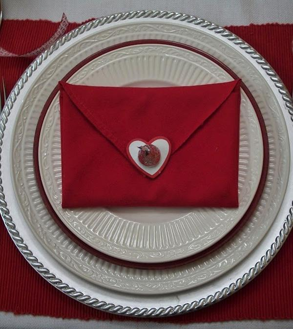 Sealed with a Kiss .. Napkin fold for Valentine's