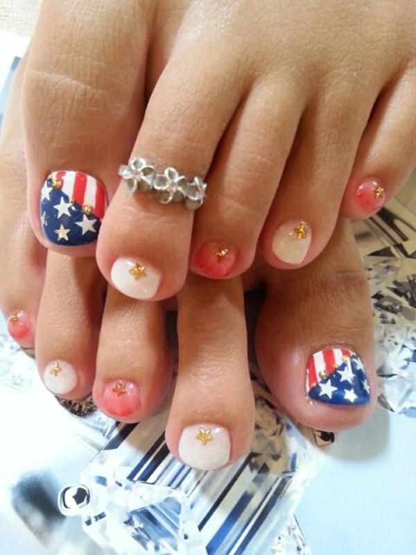 flag toes art