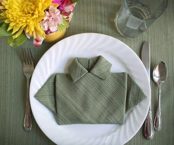 fold-napkin-shirt-for-fathers-day