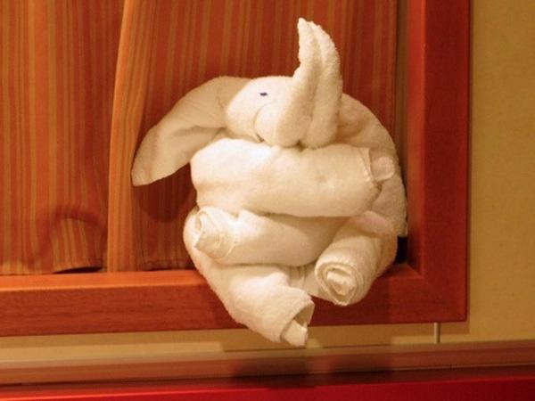 towel folding art-3