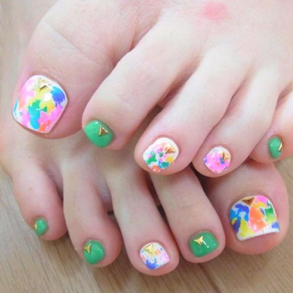 50 pretty toenail art designs art and design abstract and paint inspired toenail art playa round with a multitude of colors by painting prinsesfo Gallery