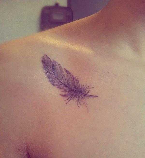 Feather clavivle tattoo