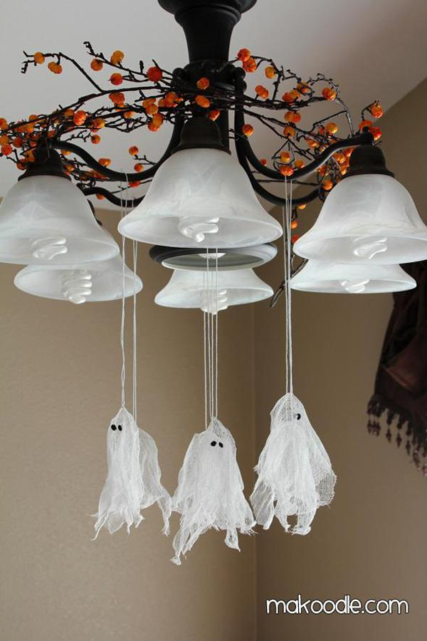 DIY Hanging Ghosts