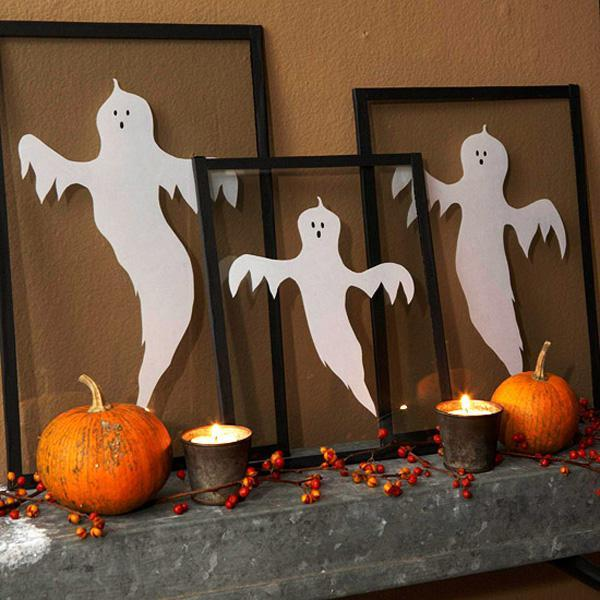 framed apparitions decoration 45 diy halloween decorating ideas - Homemade Halloween Decorations Ideas