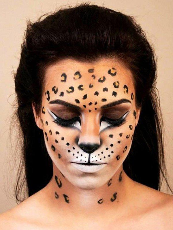 Leopard-print face paint