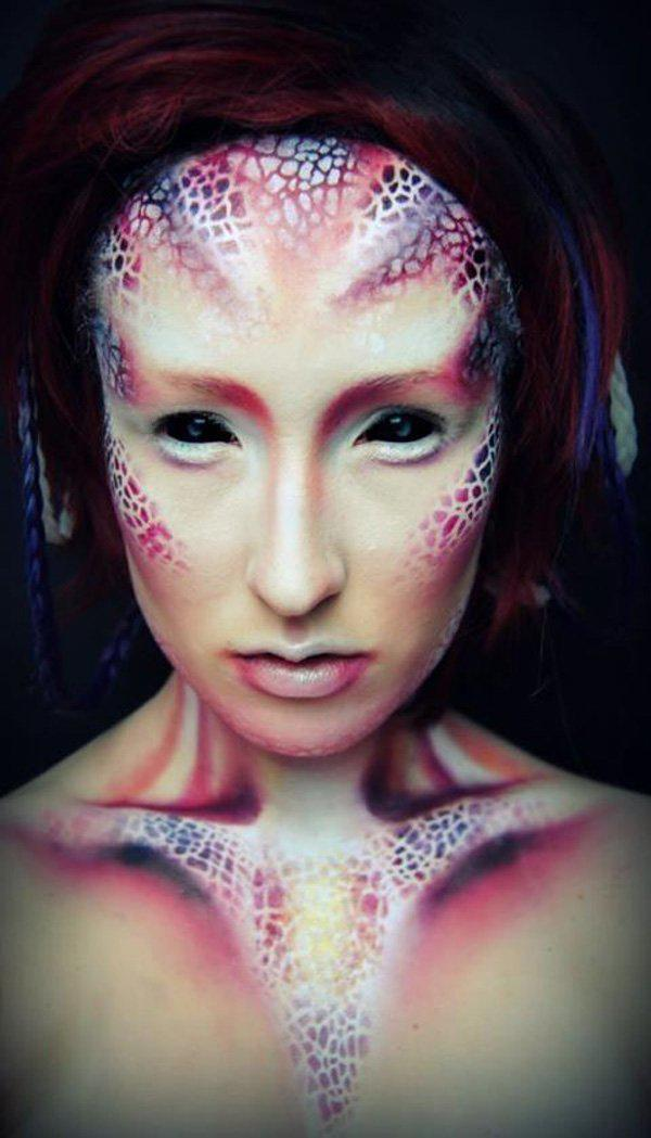 Mind-Blowing Halloween Makeup Transformations