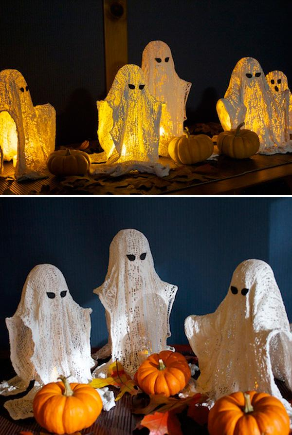Wispy Ghosts • DIY Halloween Decoration
