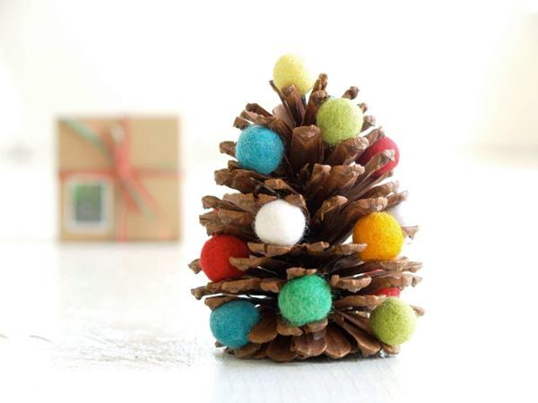 Best DIY Christmas Ideas With Pinecone