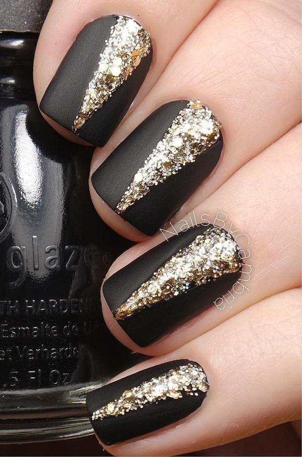Black And Glitter Gold Nail Art Design Gives Your Matte Nails Some Attitude By