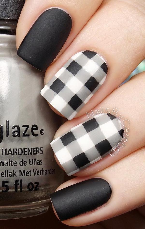 Black and white plaids nail art design. Be different and design your black  and white ... - 40 Black Nail Art Ideas Art And Design