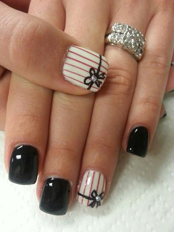 40 black nail art ideas art and design pretty striped black and white nail art design make your nail art stand out with prinsesfo Gallery