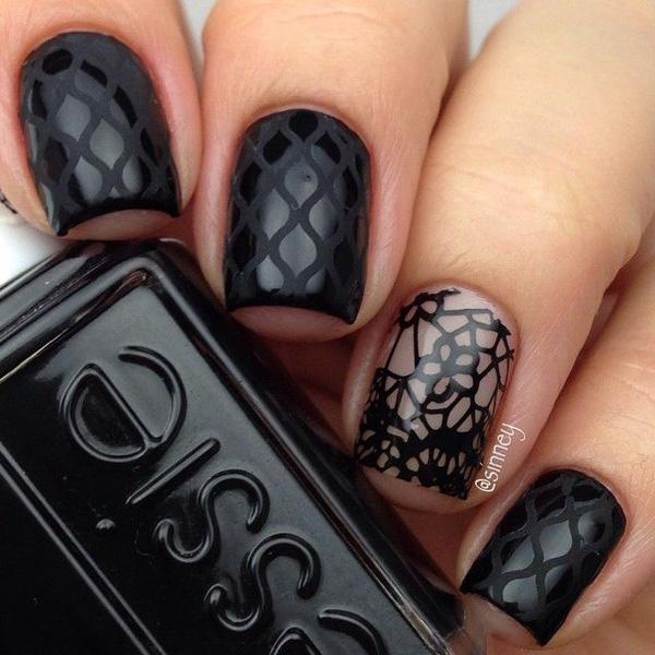 Black Nail Art-40