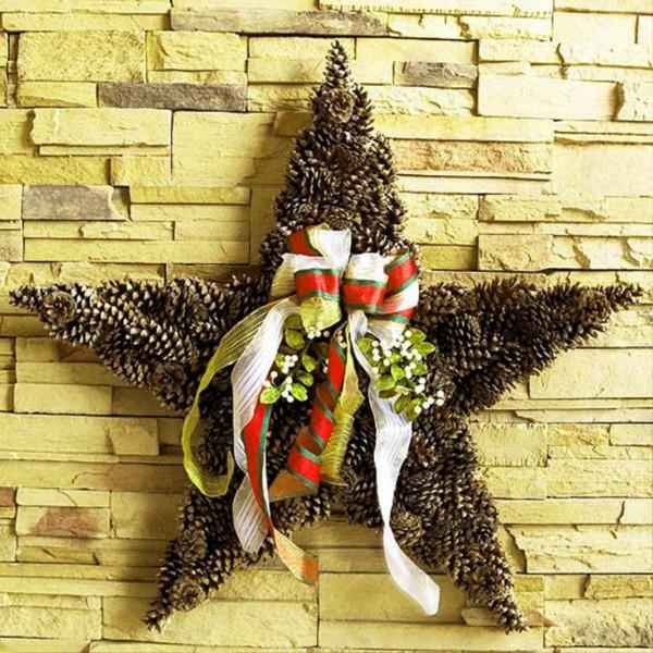 DIY Christmas Design Ideas With Pinecone