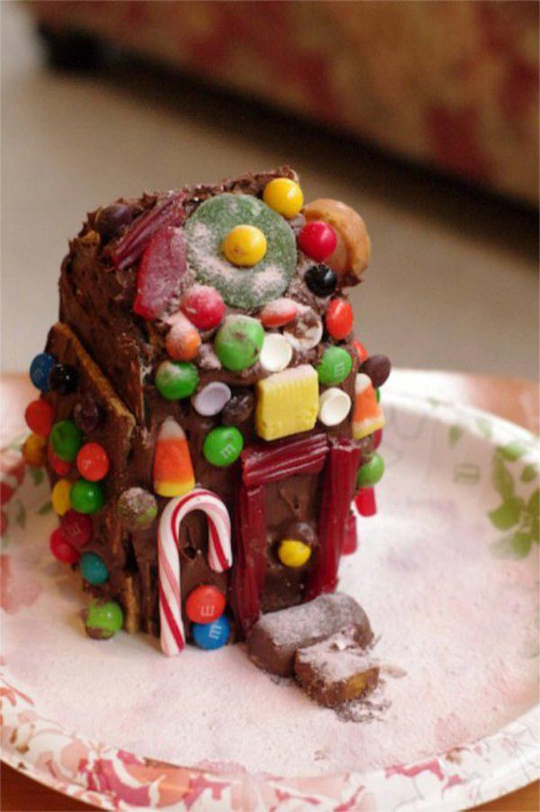 Milk-Carton-Gingerbread-House