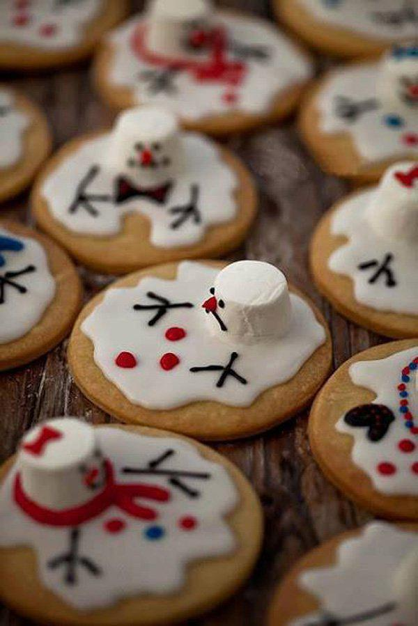 Super Cute Melted Snowman Cookies