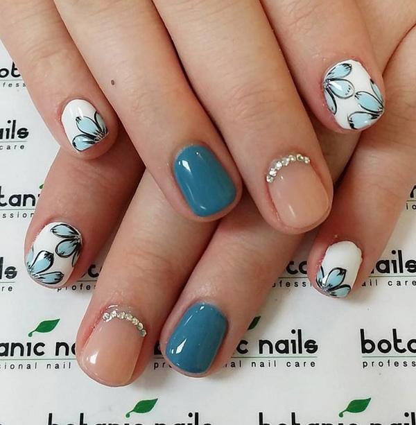 Simple yet very cute short winter nail art design. Combine clear polish  with blue green ... - 65 Winter Nail Art Ideas Art And Design
