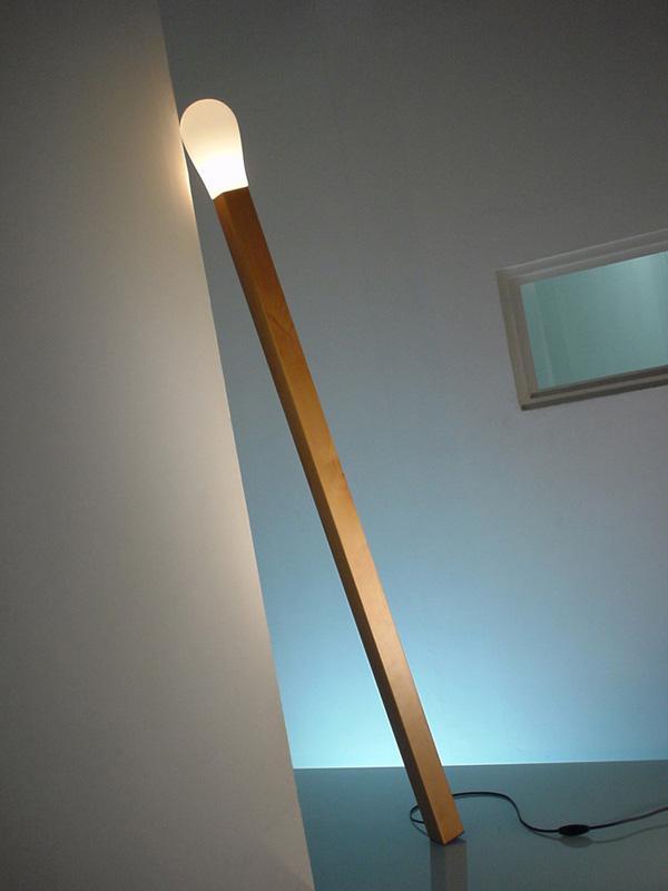A Lamp Like a Match Stick