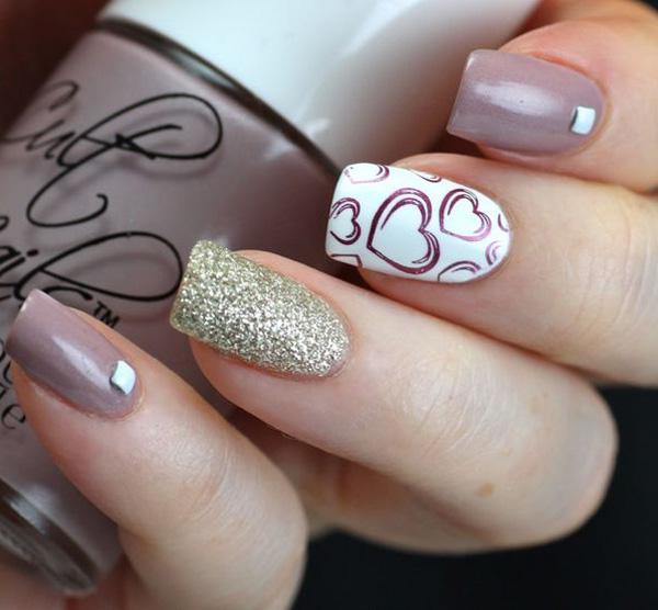 Gray and heart nail