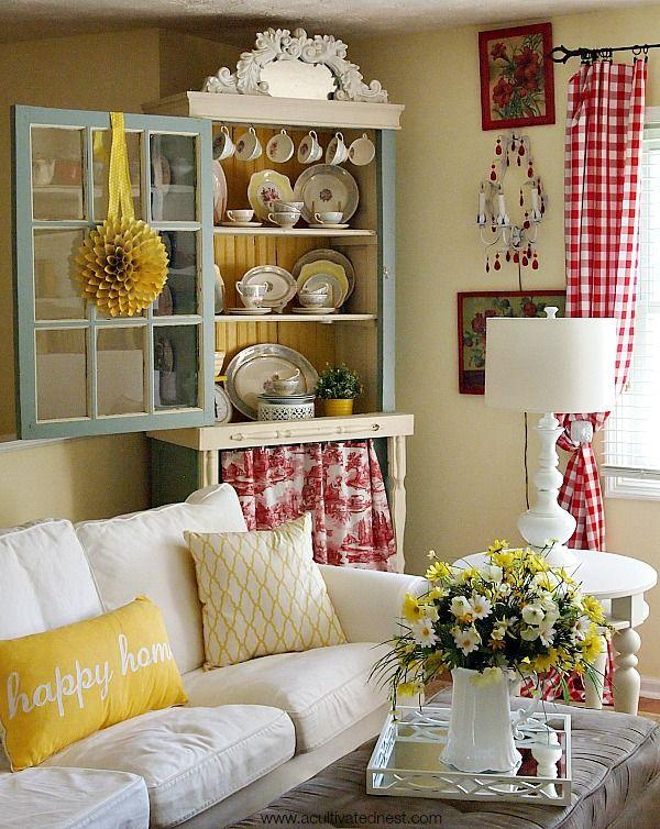 A Rather Homey Looking Combination With White And Yellow Flowers Amidst The Cream Room