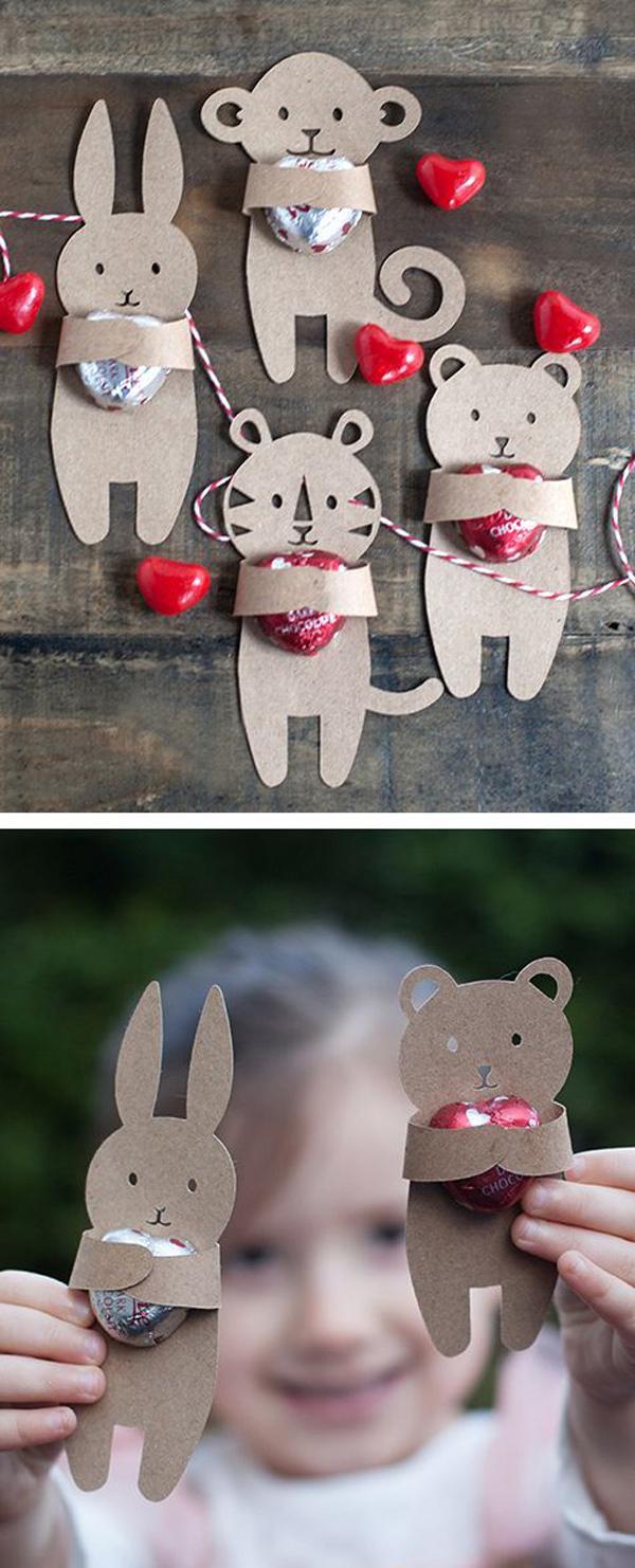 Cute animal hug - Valentine's Day craft idea