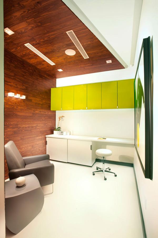 Miami Modern Scandinavian Medical Office-2