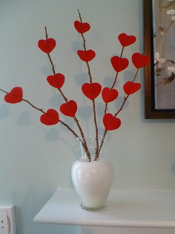 Valentines-Day-Mantel