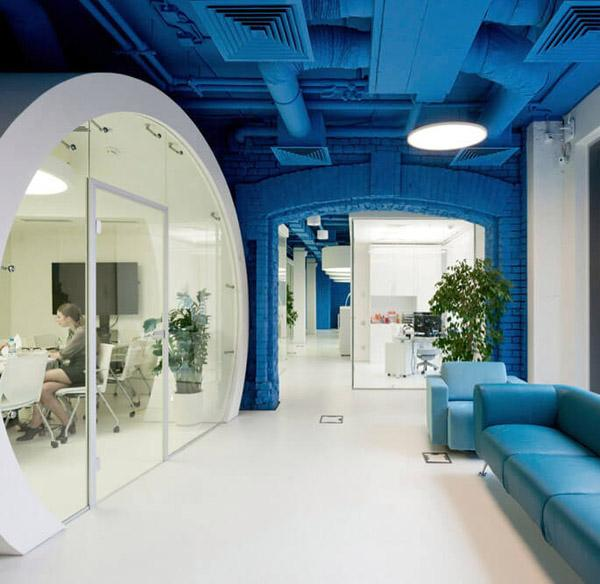 Vibrantly Colored Media Agency Office Design in Moscow