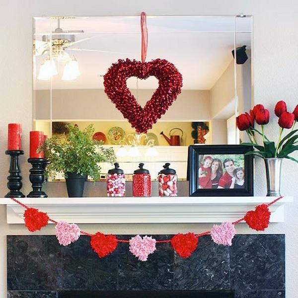 valentines-day-mantel-decor-ideas-8