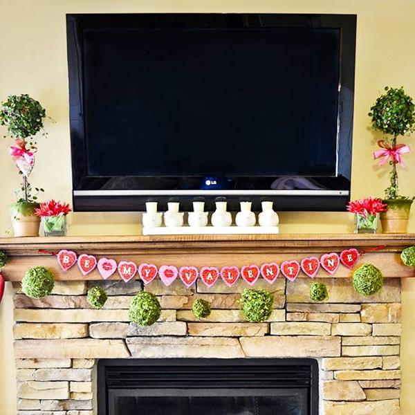 valentines-day-mantel-decor-ideas