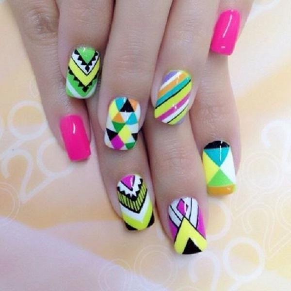 Abstract nail art-35