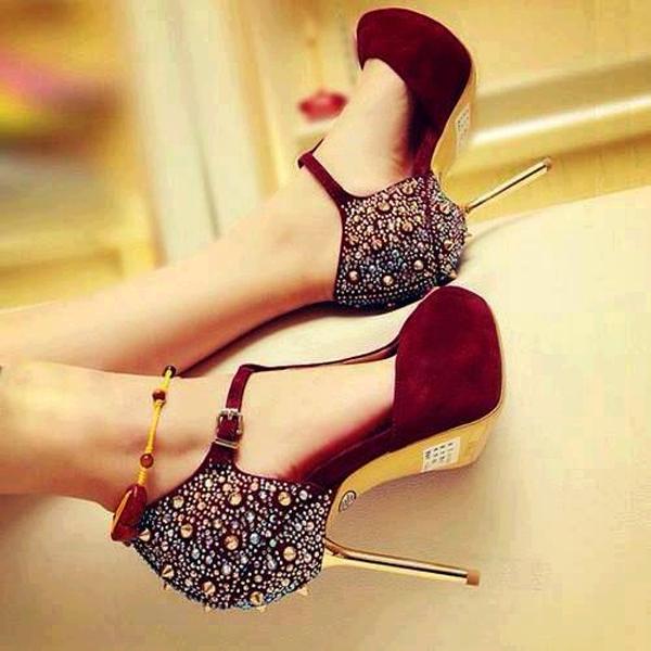 High-Heels-Shoe