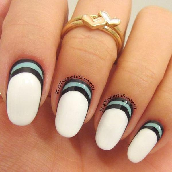 crescent moon nails-7
