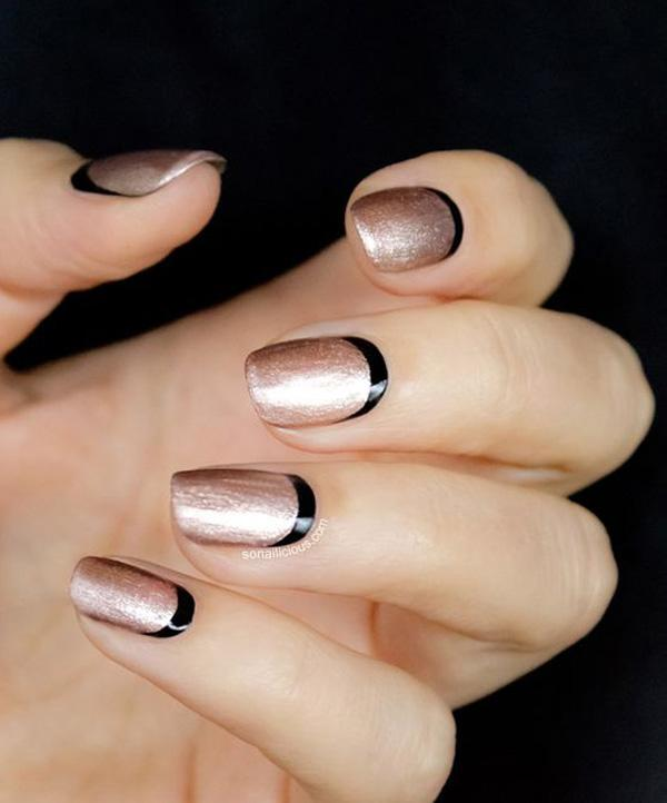 gold with balck crescent moon nails-8