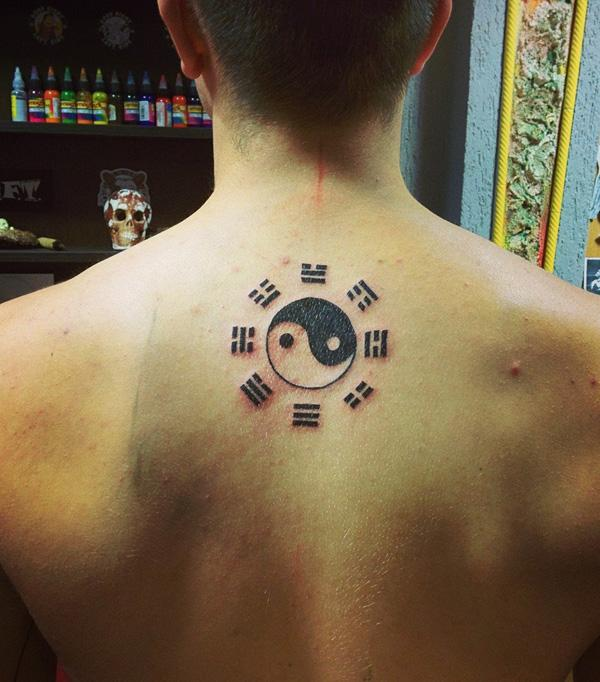 yin yang back tattoo for men-41