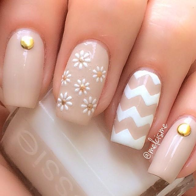 chevron nail art-31