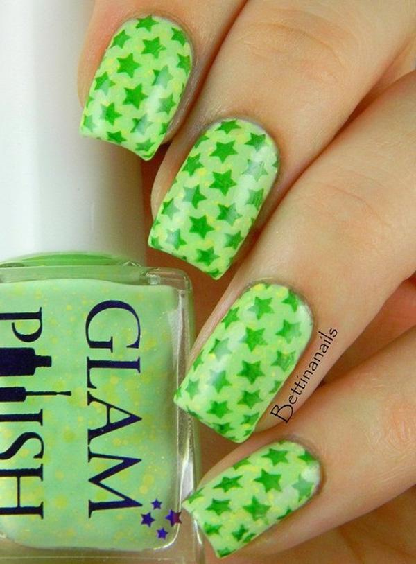green nail-12
